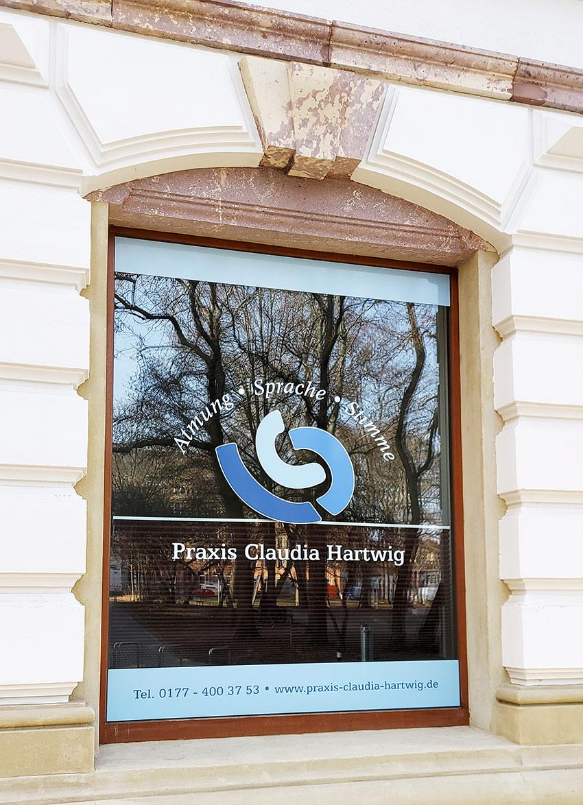 Beschriftung für Fenster gestalten lassen
